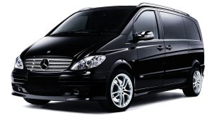 """class=""""align center wp-image-924 size-full"""" title=""""BOOK YOUR LUXURY MERCEDES V CLASS Our services have stood the test of time as a first class chauffeur car service company in London - Get a Free price quote."""""""